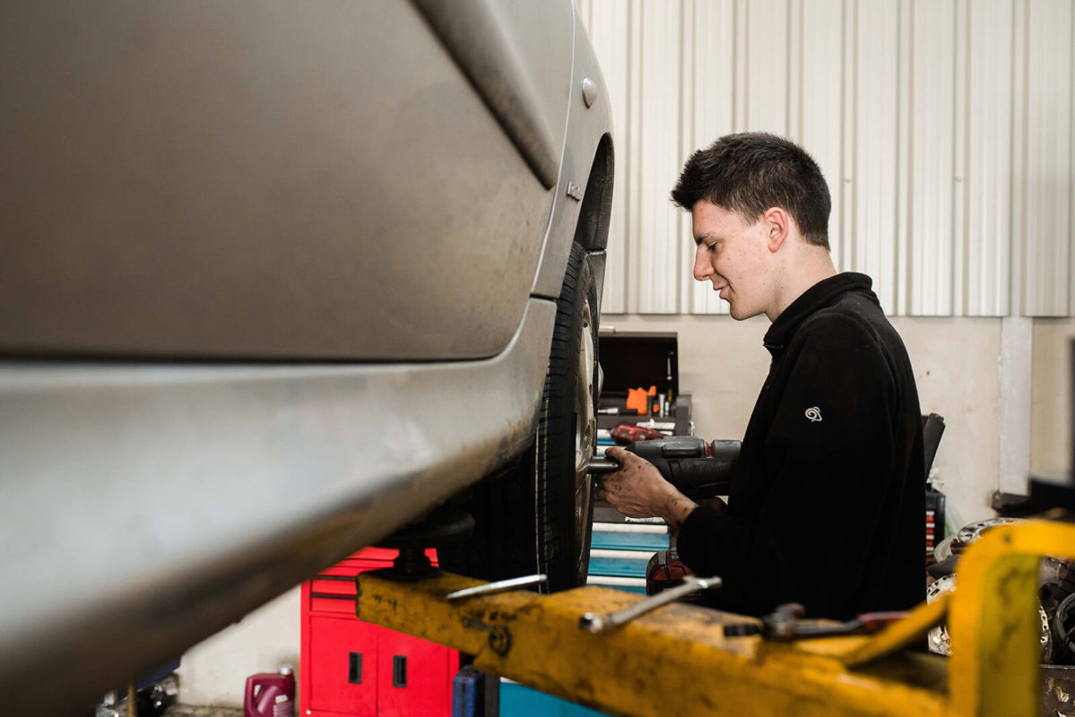 Car Service Belfast – Your Vehicle Prep for MOT